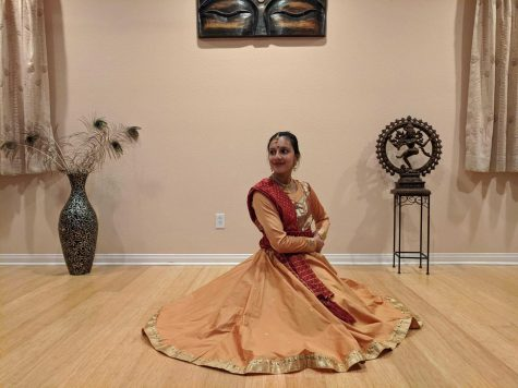 Mesina performs Kathak dance for RaiseforHelp fundraiser