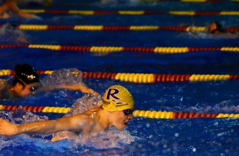 Cross country, swim and dive return to on-campus practices